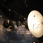 Space Shuttle Discovery und Voyager-Programm
