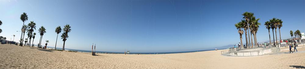 Strand, wohin man blickt: Ein Panorama vom Venice Beach, L.A., am Morgen. © Tanja Banner