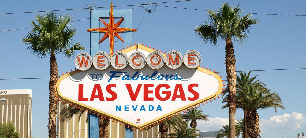 """""""Welcome to fabulous Las Vegas"""" - so wird man in der Stadt begrüßt, wenn man aus der richtigen Richtung kommt. © Tanja Banner"""