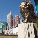Freiheitsstatue und MGM-Löwe. © Tanja Banner