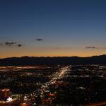 Blick über Las Vegas bei Nacht.  © Tanja Banner